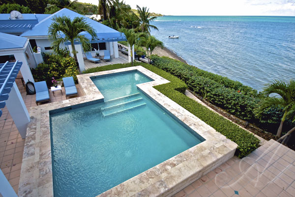 Oceanfront Paradise Found - villa on the water