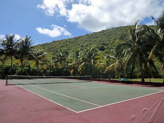 Villa Madeleine - Private Pool Villas and Private Tennis court for your use